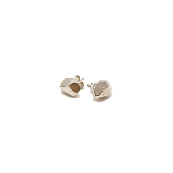 S/S Faceted Oval Studs